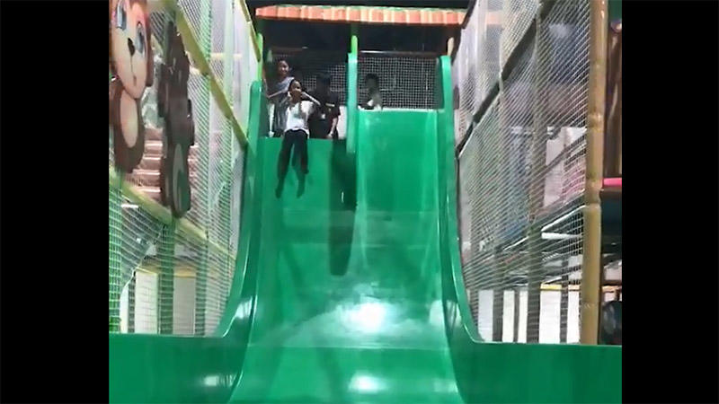 Screaming slide