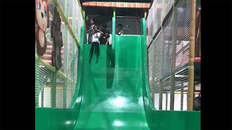 Screaming slide