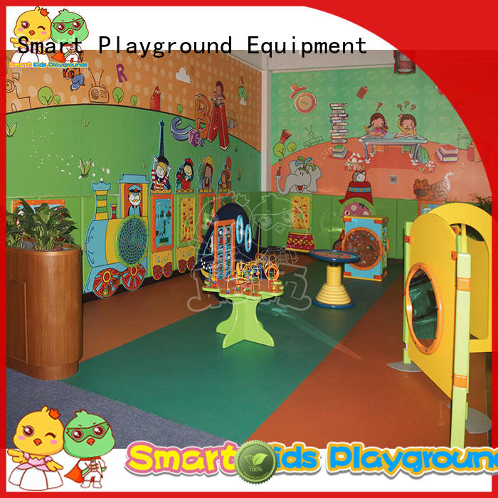Smart Kids Playgrounds Brand wooden car kids toys customized factory