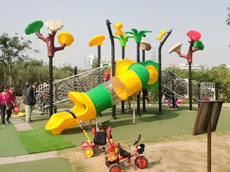 stable wooden slide plastic directly sale for Amusement park-3