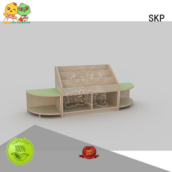 SKP security childrens wooden table and chairs promotion for nursery