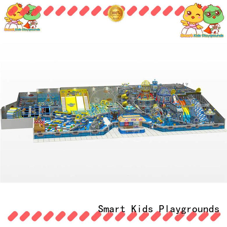 Customized maze equipment for fun for amusement park
