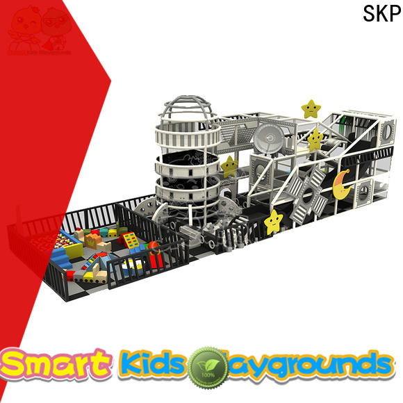 SKP equipment maze equipment factory price for kindergarden