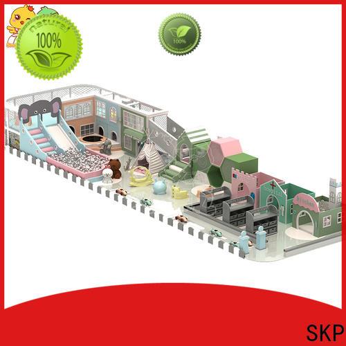 SKP funny maze equipment factory price for shopping centre